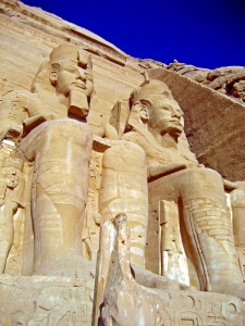 Picture of the Ramses statues at Abu Simbel in Egypt