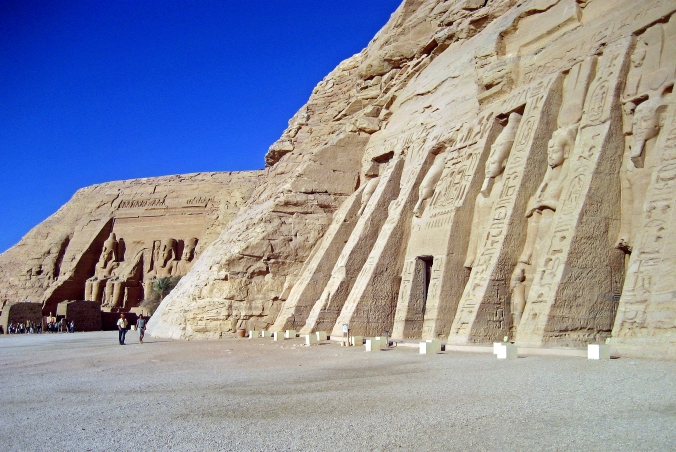 Picture of the temple complex at Abu Simbel in Egypt