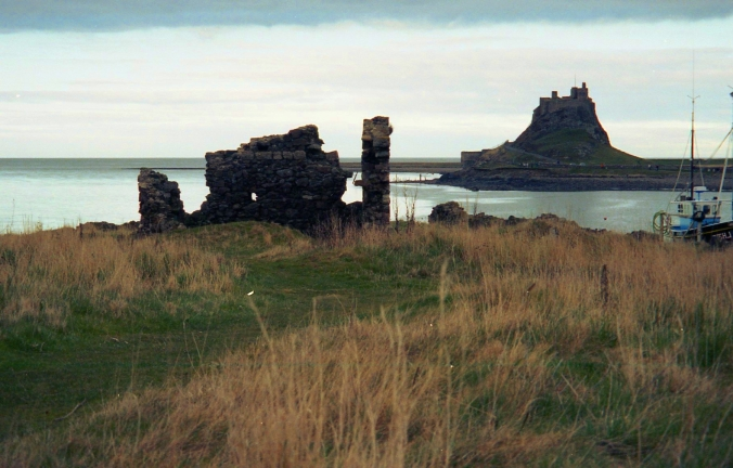 Picture of ruins, Lindisfarne Castle, and the North Sea