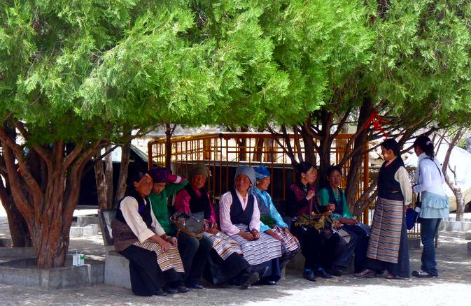 Picture of Tibetan women at Sera Monastery in Lhasa, Tibet