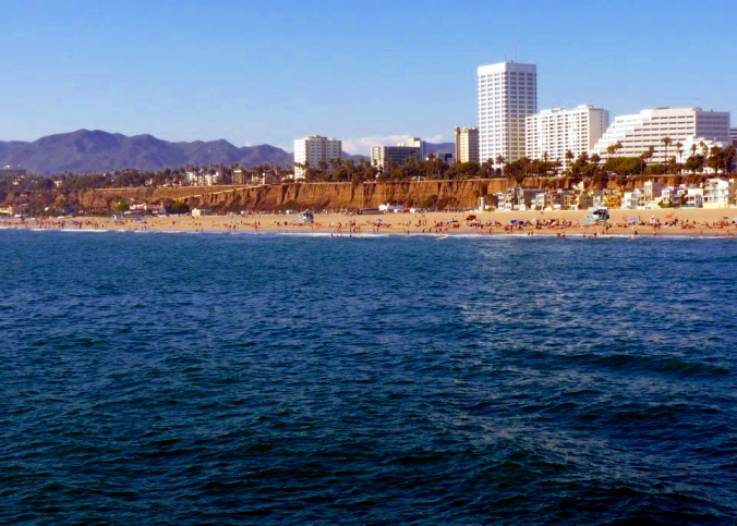 Picture of beach at Santa Monica, california