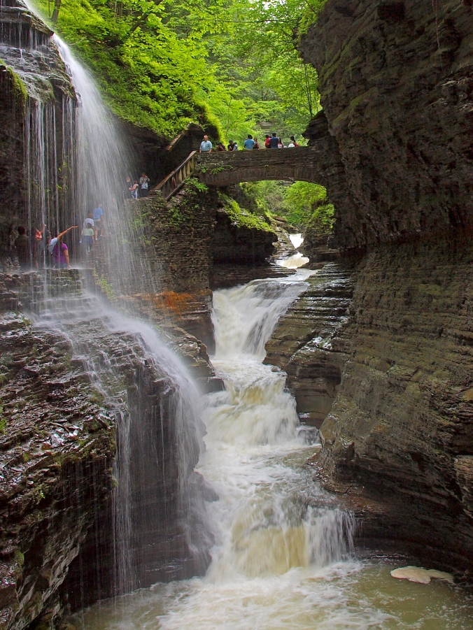 Picture of gorges at Watkins Glen State Park in upstate New York