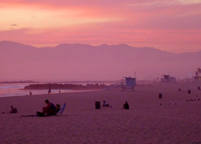 Picture of sunset at Santa Monica Beach in California