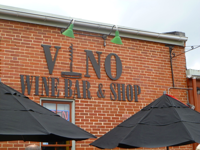 Picture of Vino Wine Bar in Baltimore, Maryland
